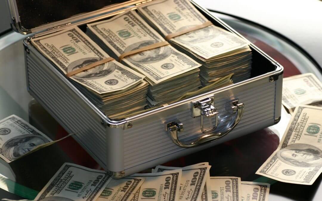 Bagaimana cara perusahaan asuransi bekerja dan menghasilkan uang?