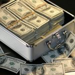 Hendak Ajukan Utang ke Bank, Pertimbangkan Hal-Hal Berikut Ini dengan Matang