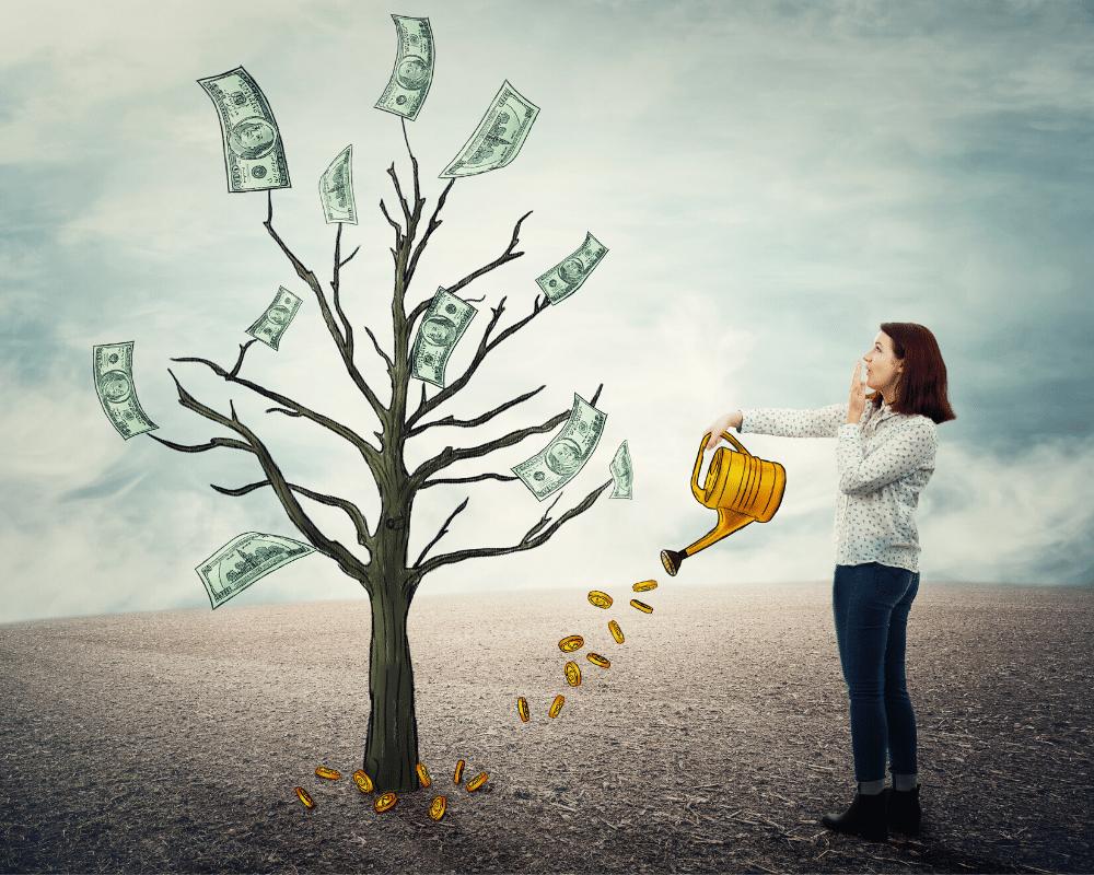 Perbandingan penghasilan antara agen asuransi dengan pegawai kantoran