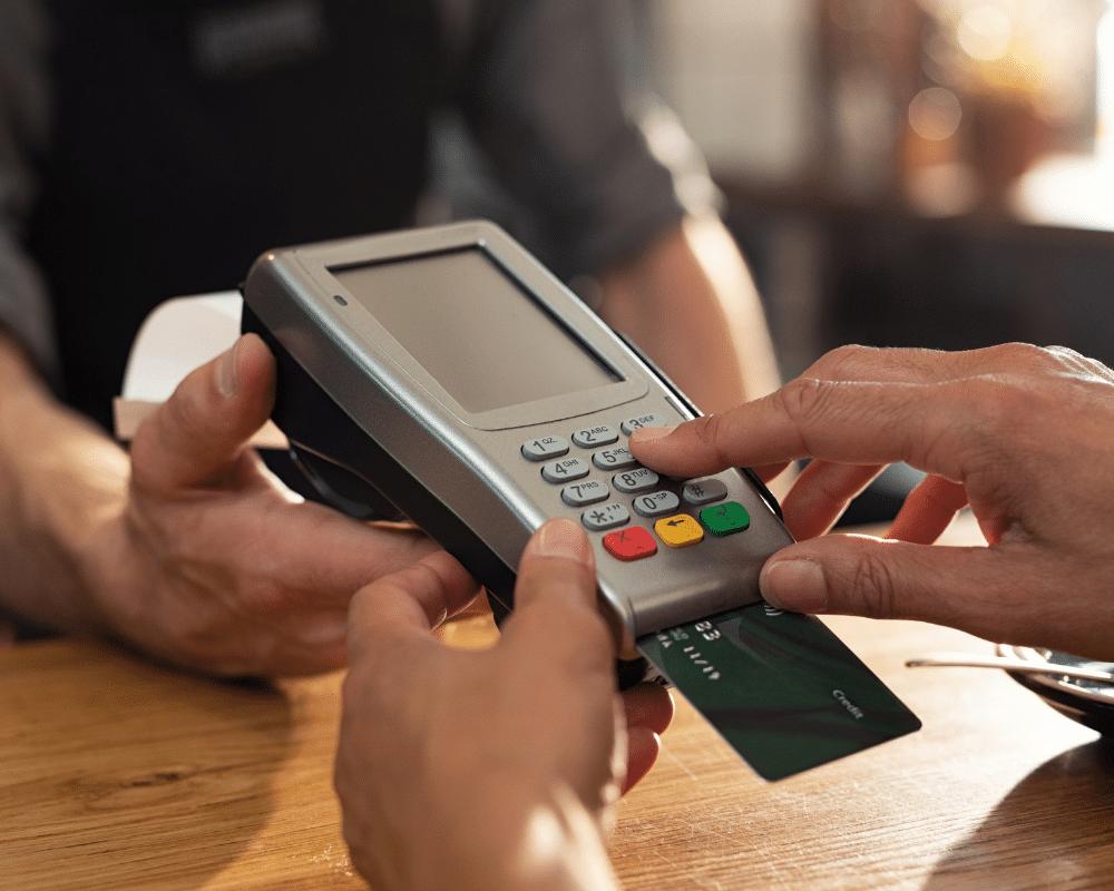 Cara mengelola dan menggunakan limit Kartu Kredit secara bijak